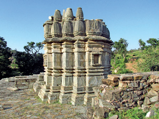 Temple inside Kumbhalgarh Fort